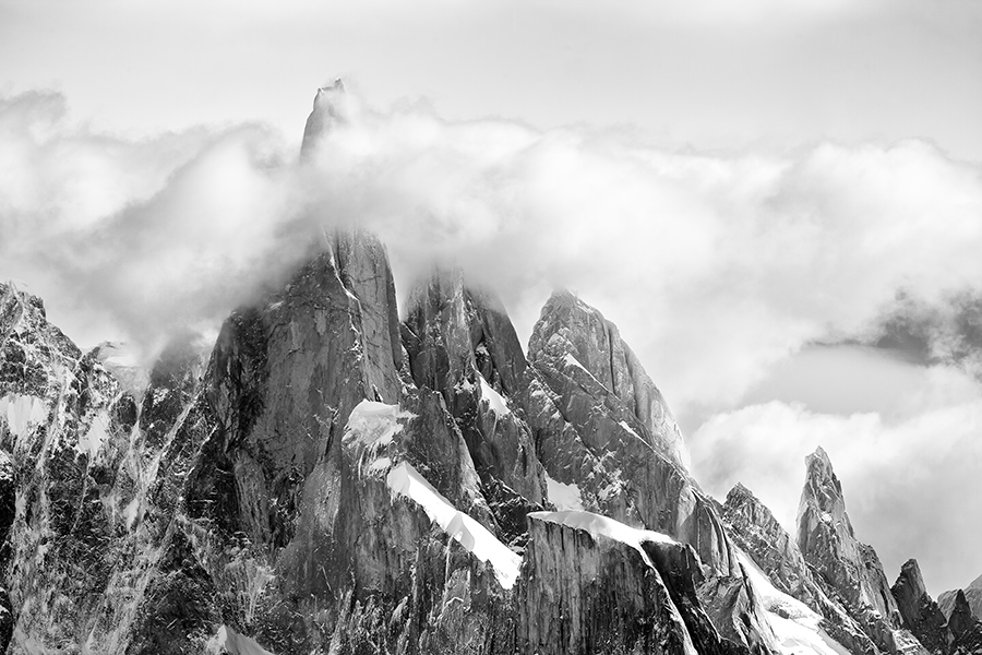 A rare view of Cerro Torre. Within an hour, I was facing a dense white patch as the clouds settled in.