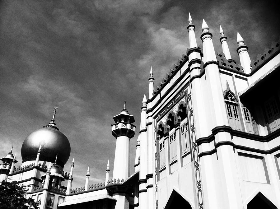 One of the more famous mosques in Singapore, I was on a recce when I chanced upon this angle. No doubt it has been aimed from for many times before but I just wanted to have my own shot. Converted using the {quote}Ansel{quote} effect in Camera+ which gives a more contrasty effect compaed to the {quote}Black and White.{quote}