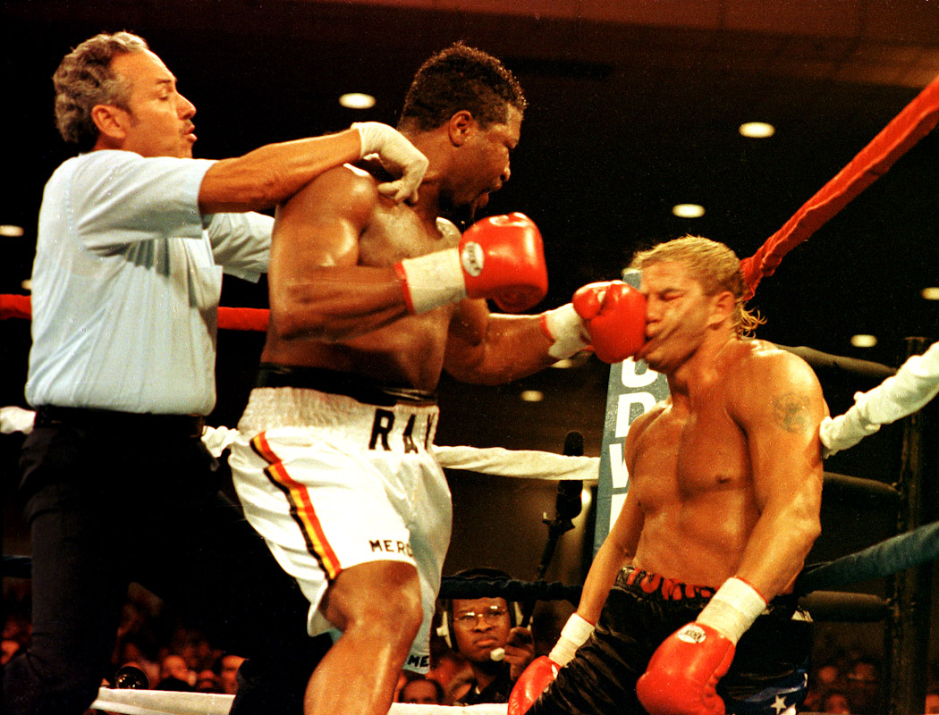 Ray Mercer knocks out Tommy Morrison in Atlantic City on October 18, 1991.