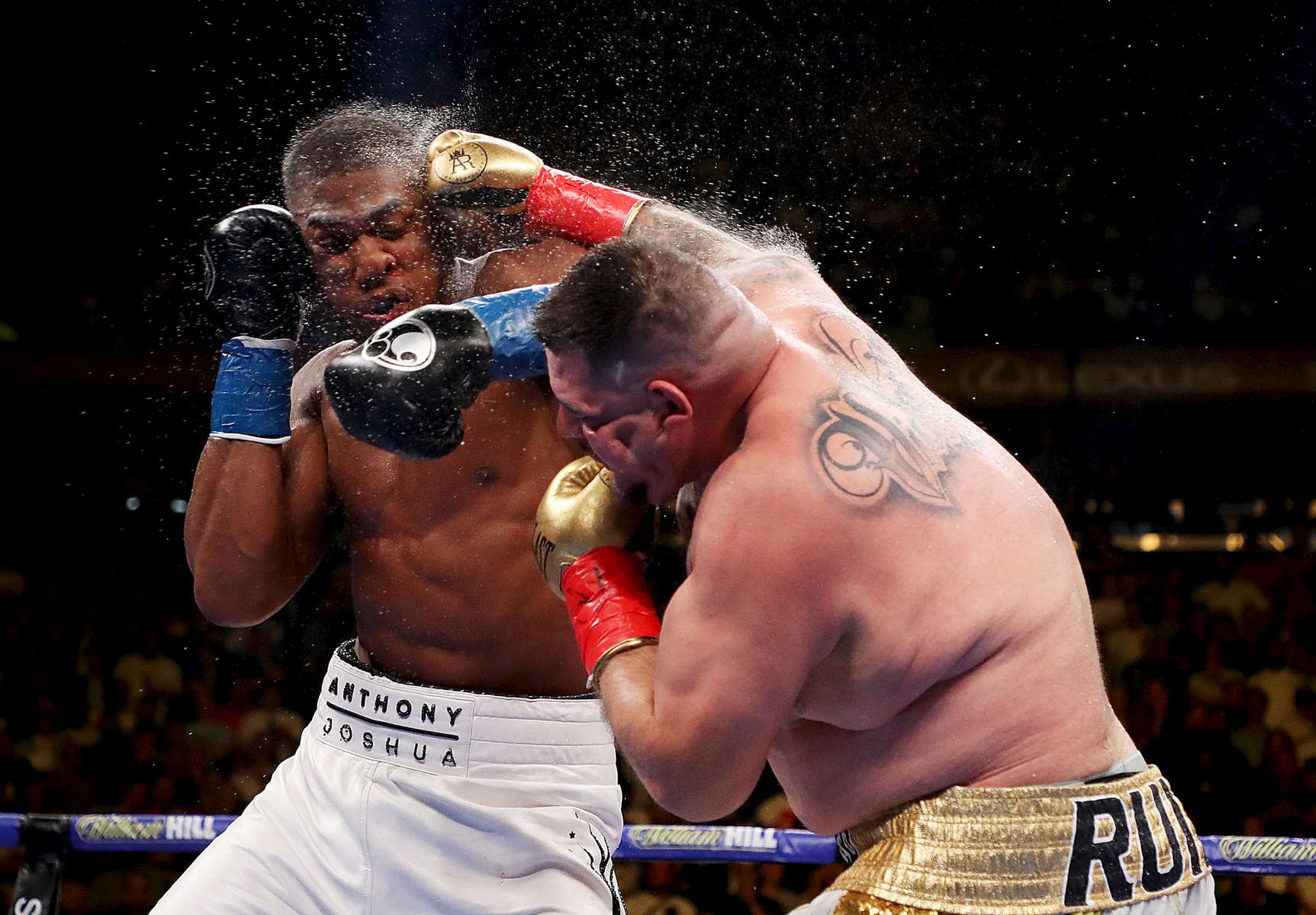 Andy Ruiz Jr  punches Anthony Joshua after their IBF/WBA/WBO heavyweight title fight at Madison Square Garden on June 01, 2019 in New York City.