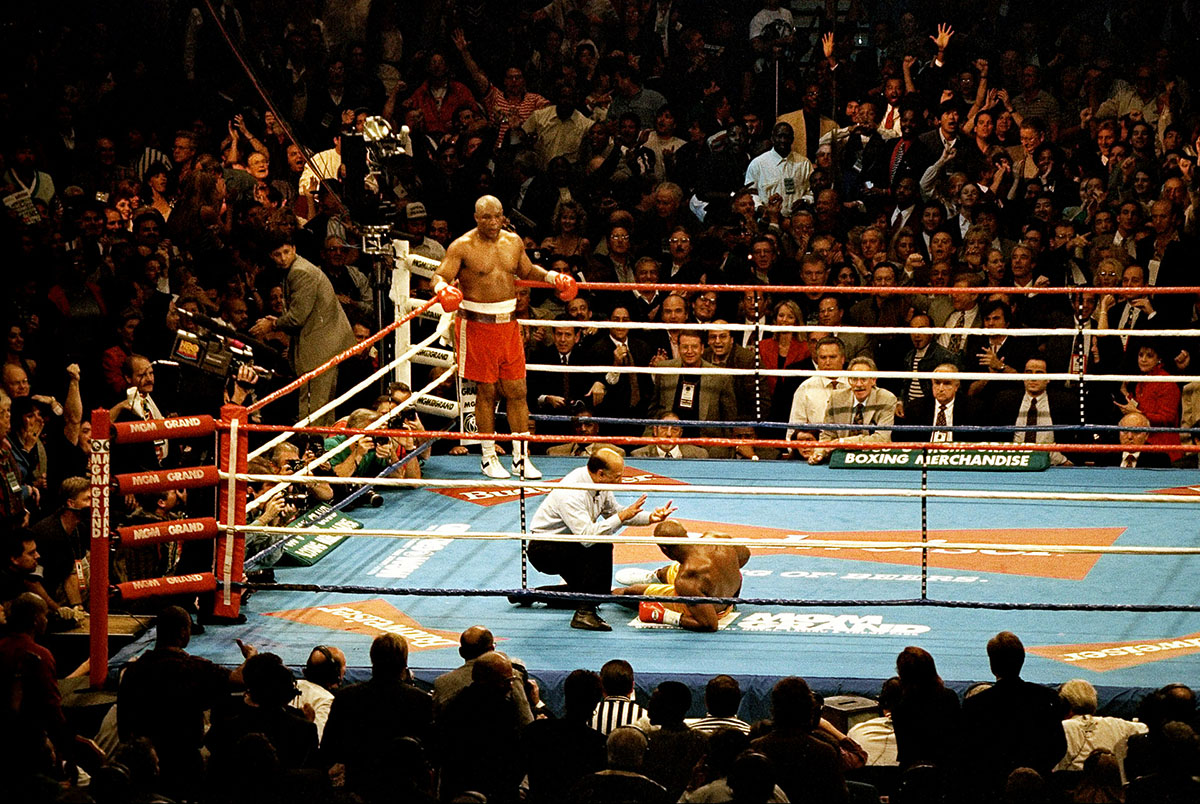 5 Nov 1994:  George Foreman Knocks out Michael Moorer in the tenth round at the MGM Grand in Las Vegas, Nevada.