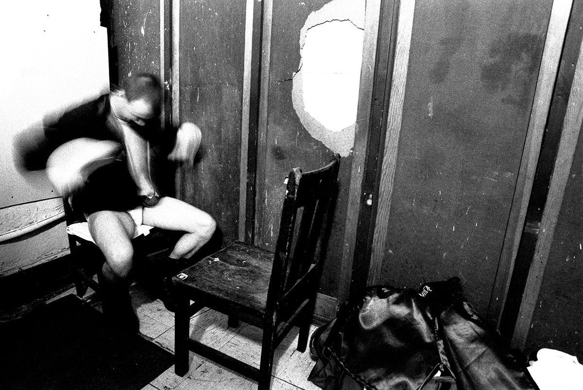 29 Apr 1997:  Rocky McCray warms up in his dressing room prior to his bout during Fight Night at the Blue Horizon in Philadelphia, Pennsylvania.Mandatory Credit: Al Bello  /Allsport