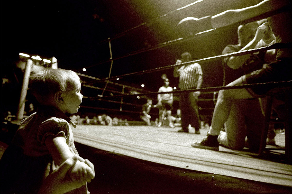 2 Apr 1998:  General view of a baby watching the action during the Toughman Contest in Kalamazoo, Michigan.