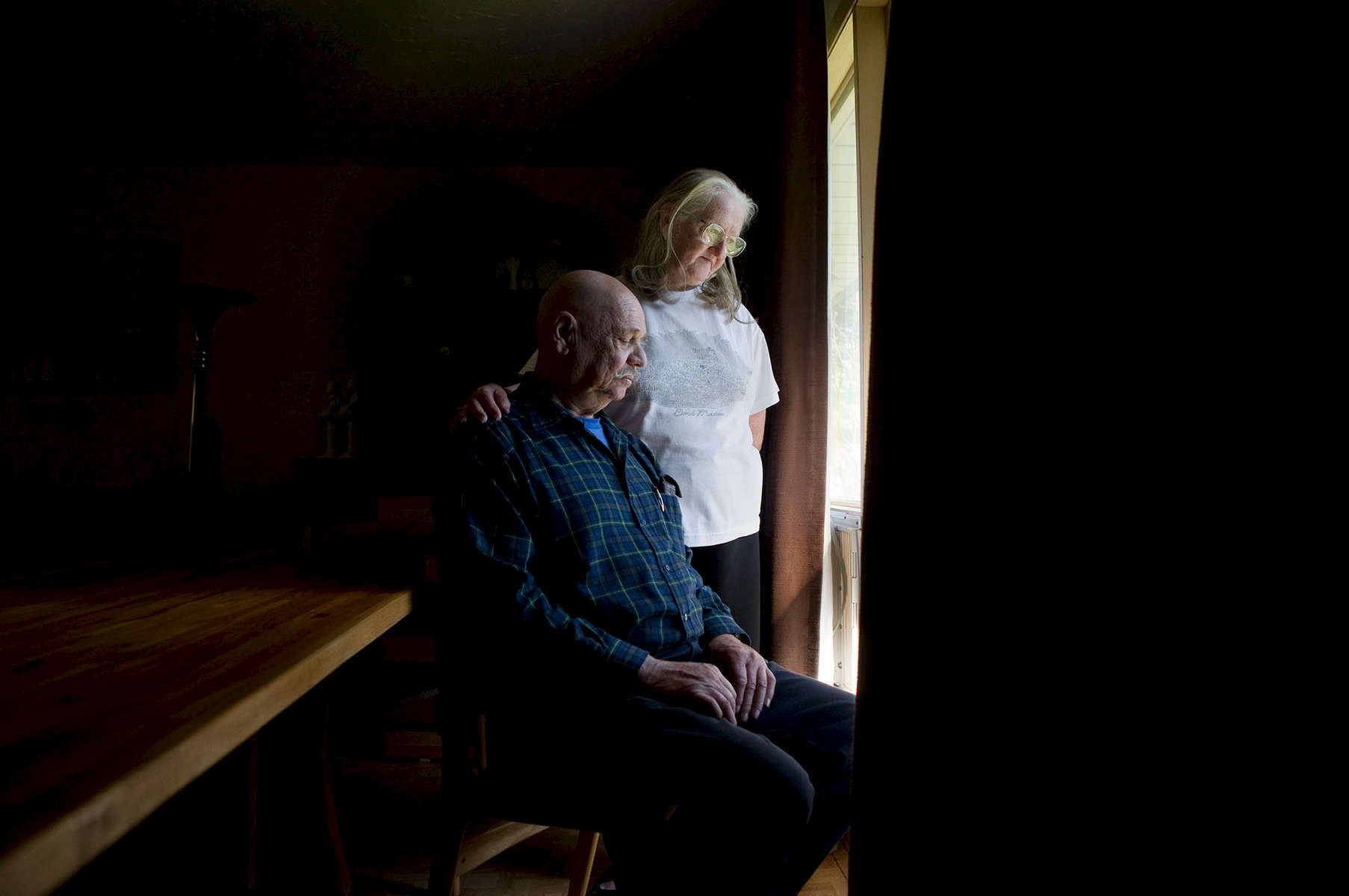 Retired seniors Ray and Dawn-Marie Brown are in debt after taking bad investment advice.