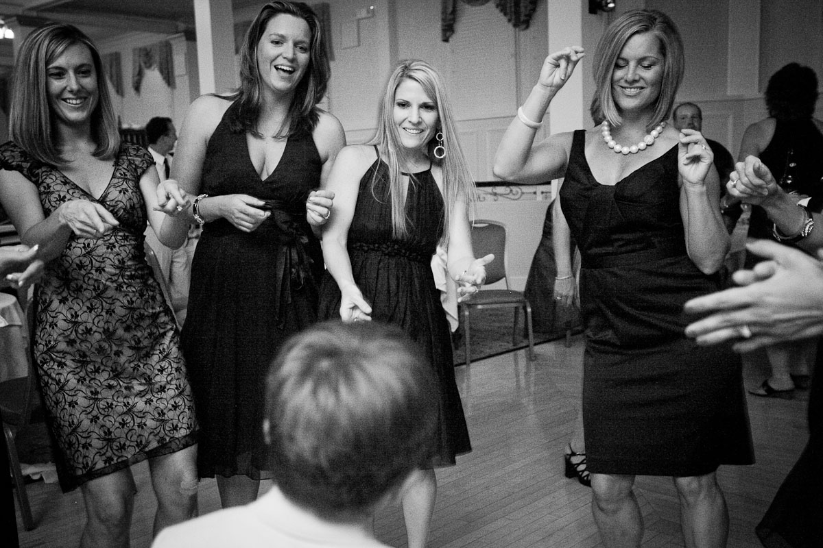 portfolio-afterparty-photography-wedding-photographer-burlington-vermont-vt-photojournalism-documentary-wedding-38