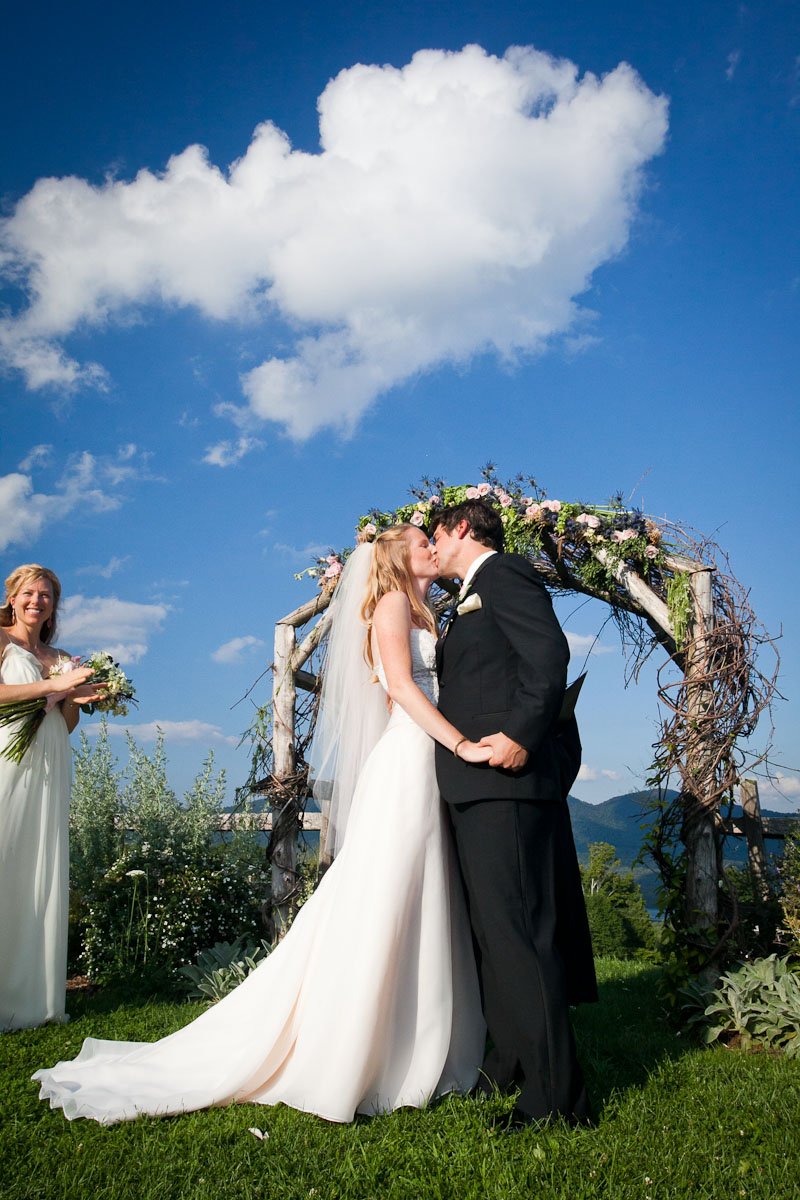 portfolio-tradition-photography-wedding-photographer-burlington-vermont-vt-photojournalism-documentary-wedding-28