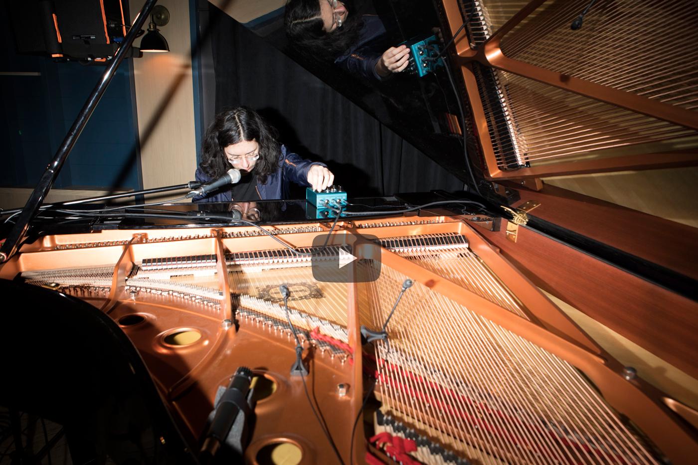 Live performanceAlexandra Stréliski performs Changing Winds/Plus tôt live at Burdock Music Hall.January 2019