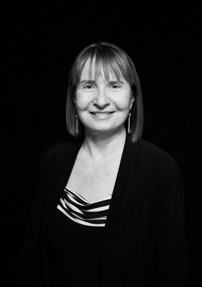 Dr. Kathy Siminovitch for Sinai Health magazine.