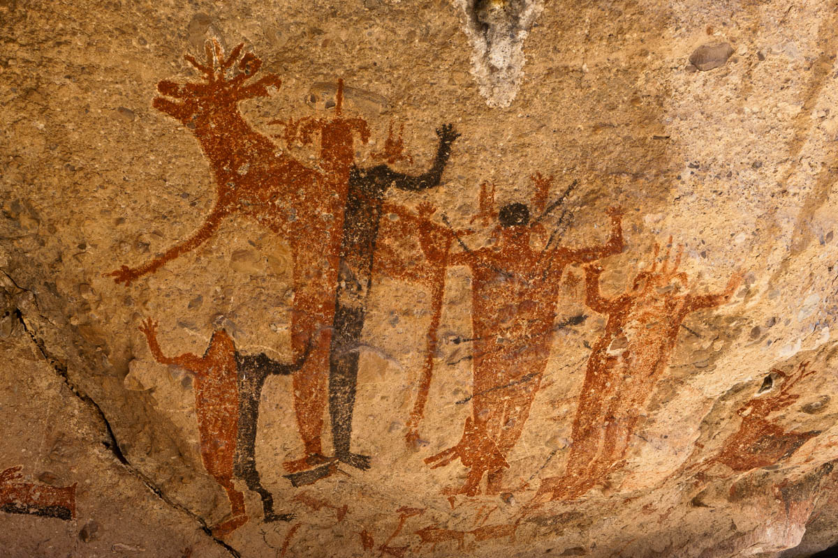 cave paintings Paleolithic architecture the oldest examples of paleolithic dwellings are shelters in caves, followed by houses of wood, straw, and rock.