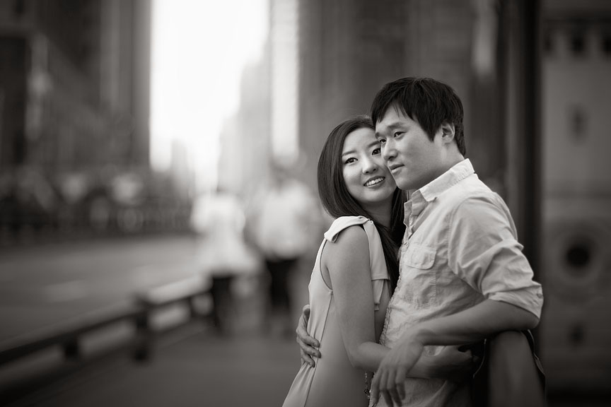 Downtown-Chicago-Summer-Asian-Korean-Engagement-Session-11