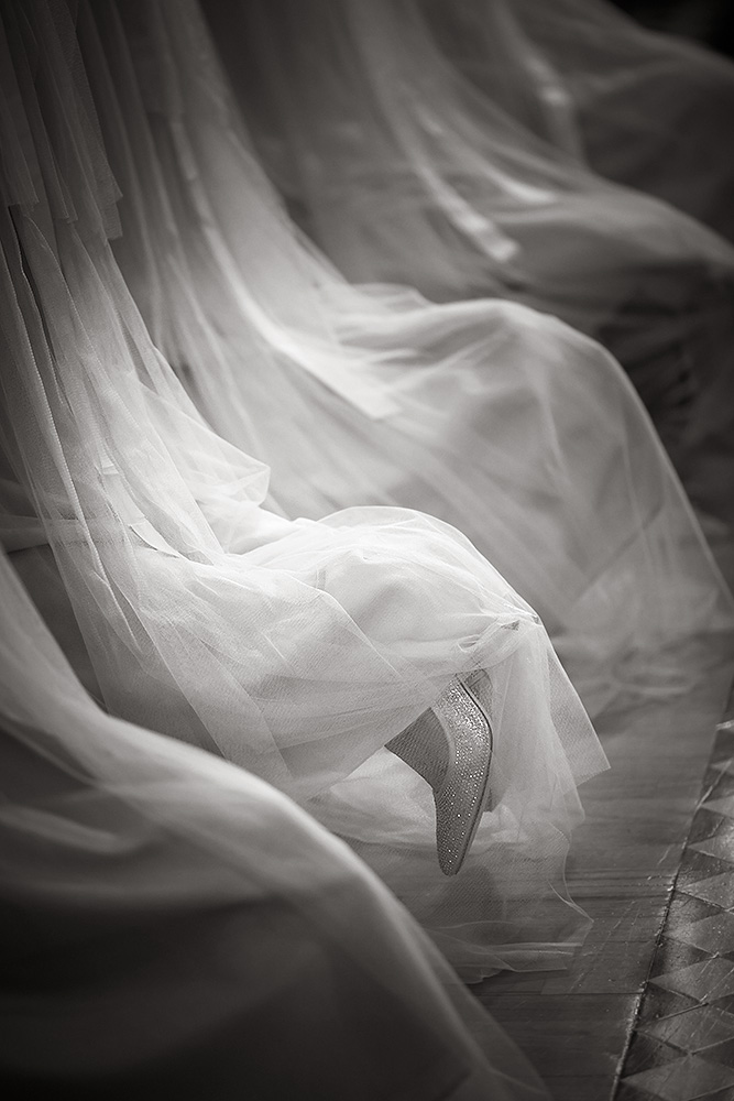 Fine-Art-Black-and-White-Wedding-Photography-Chicago-Prague-14
