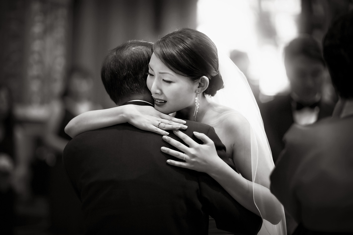 Fine-Art-Black-and-White-Wedding-Photography-Chicago-Prague-15