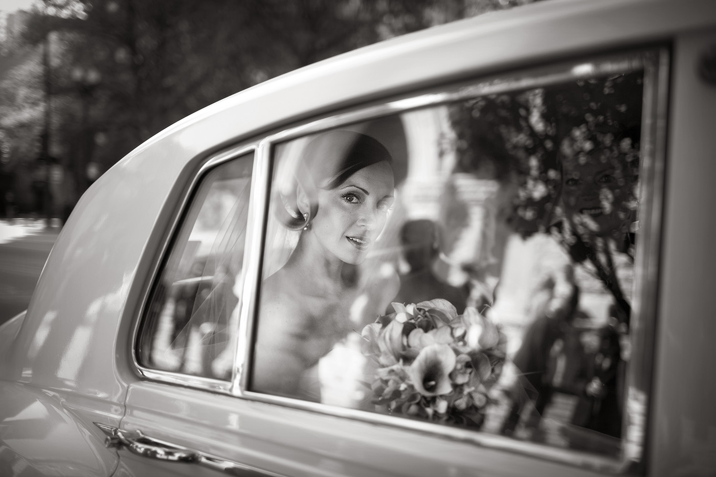 Fine-Art-Black-and-White-Wedding-Photography-Chicago-Prague-16