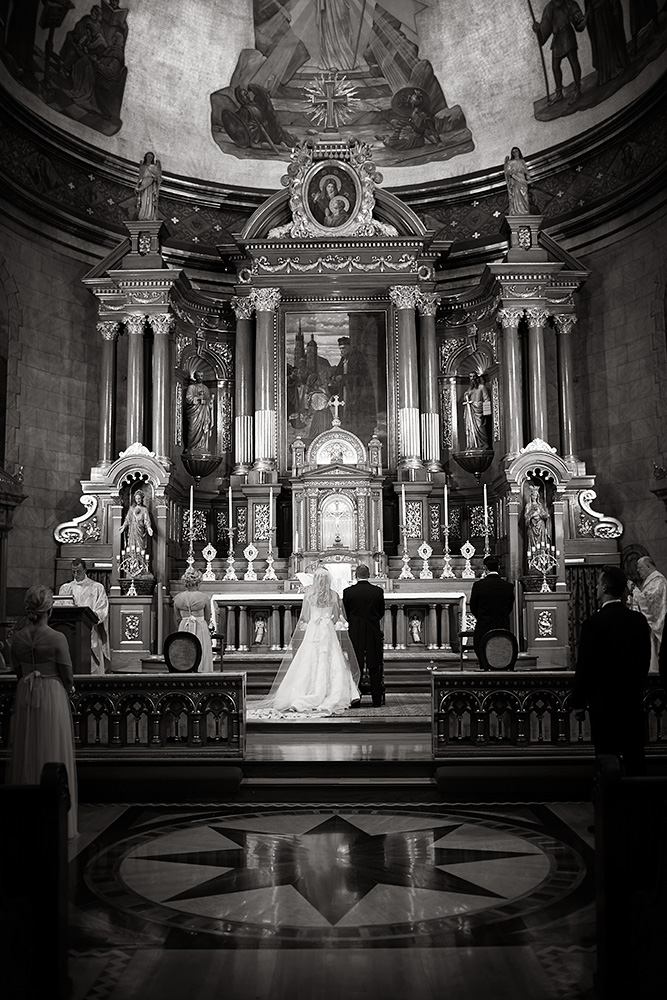 Fine-Art-Black-and-White-Wedding-Photography-Chicago-Prague-19