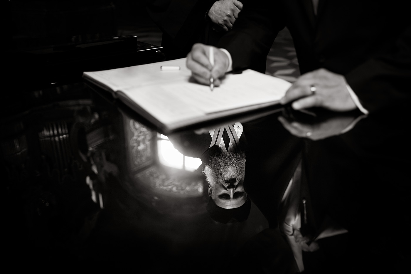 Fine-Art-Black-and-White-Wedding-Photography-Chicago-Prague-27