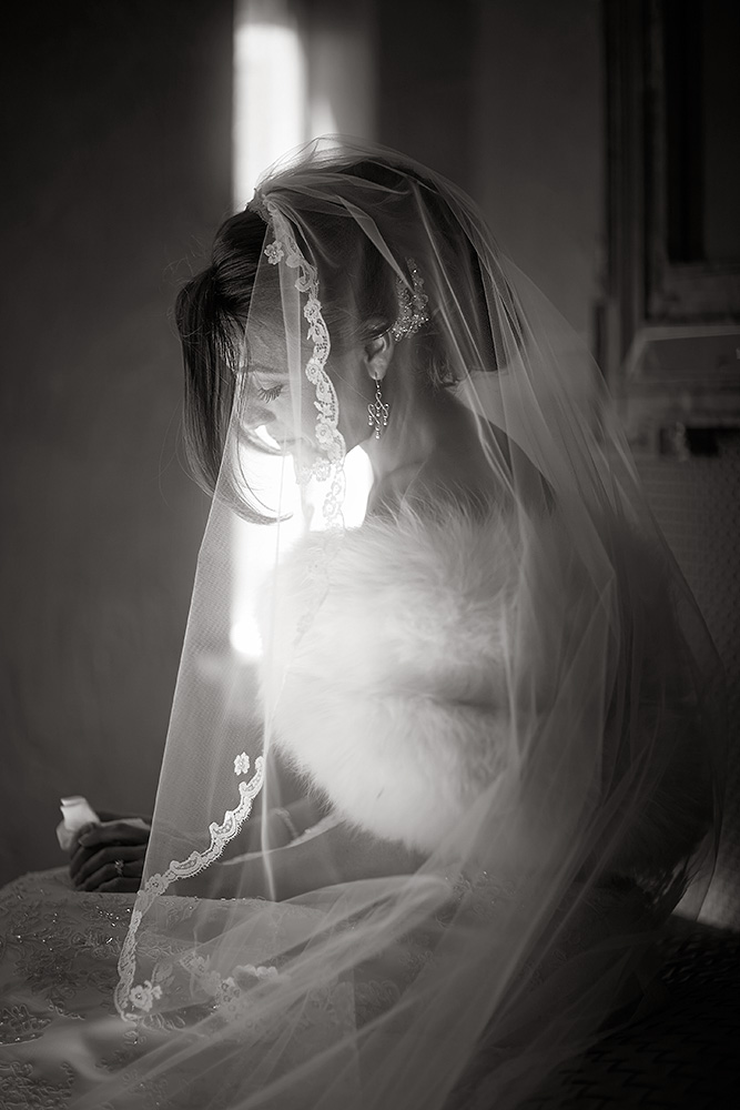 Fine-Art-Black-and-White-Wedding-Photography-Chicago-Prague-32