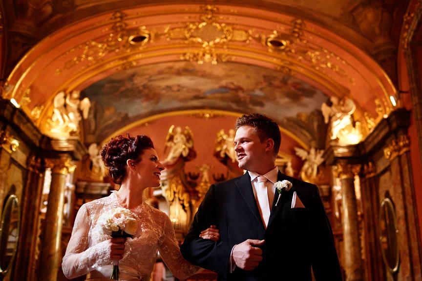 Prague-Destination-Wedding-Elopement-Clementinum-Alchymist-026