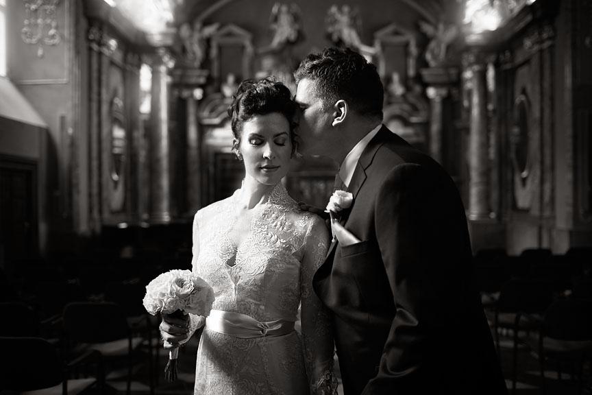 Prague-Destination-Wedding-Elopement-Clementinum-Alchymist-033