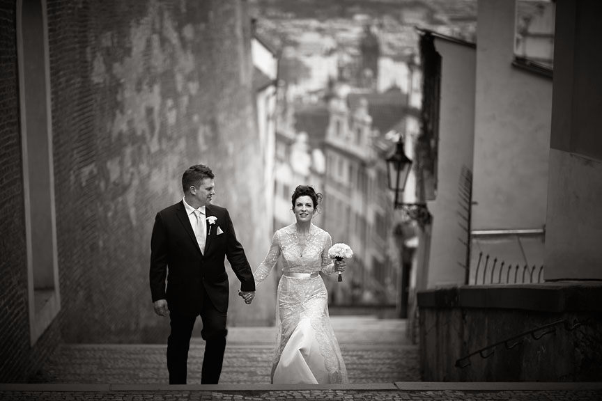 Prague-Destination-Wedding-Elopement-Clementinum-Alchymist-039