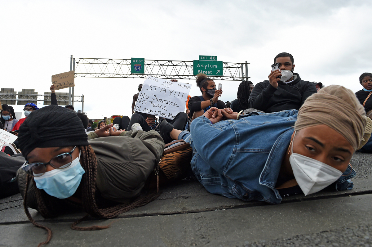 Hartford, CT - 6/1/20 - Protesters block Route I-84 Monday evening demanding action against police violence against people of color. Photo by Brad Horrigan   bhorrigan@courant.com
