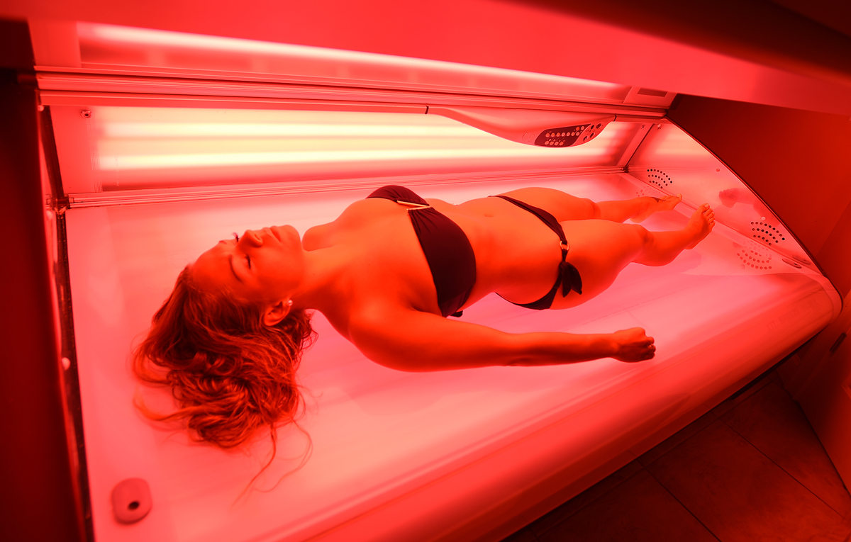 A perk for working at East Coast Glam, is that employees like Carol Jaame, can tan for no charge.