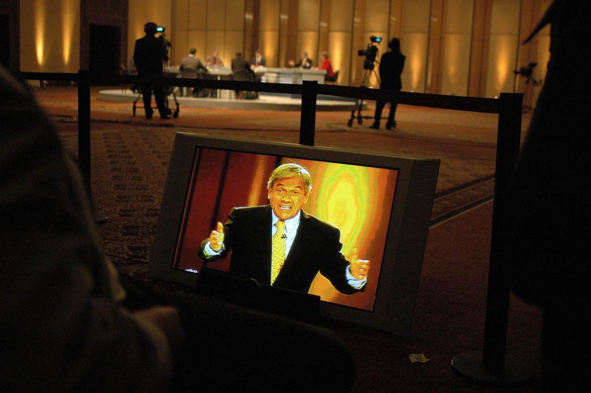 Sebastian Piñera during a presidential debate in 2006.