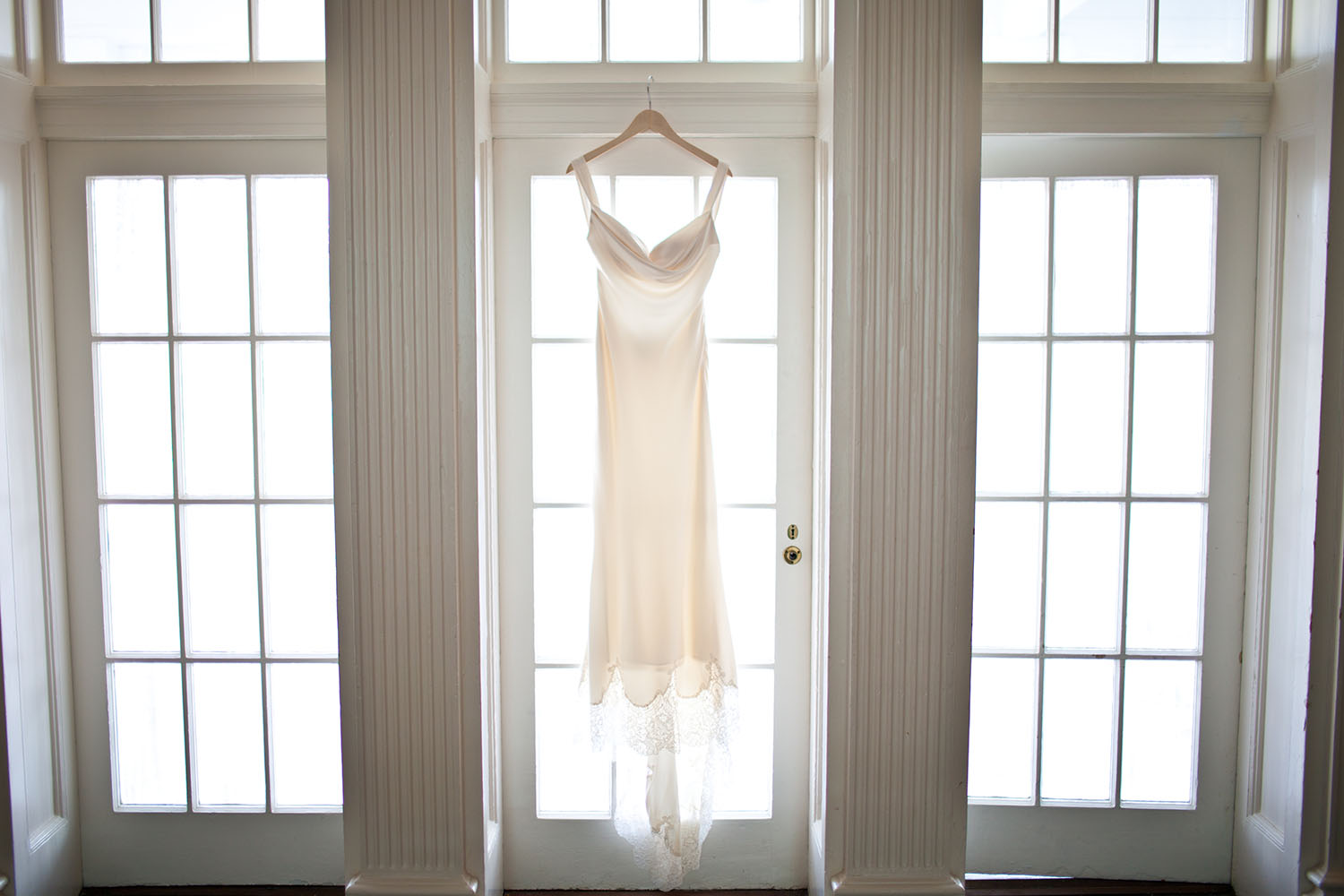 virginia beach wedding, cavalier hotel wedding