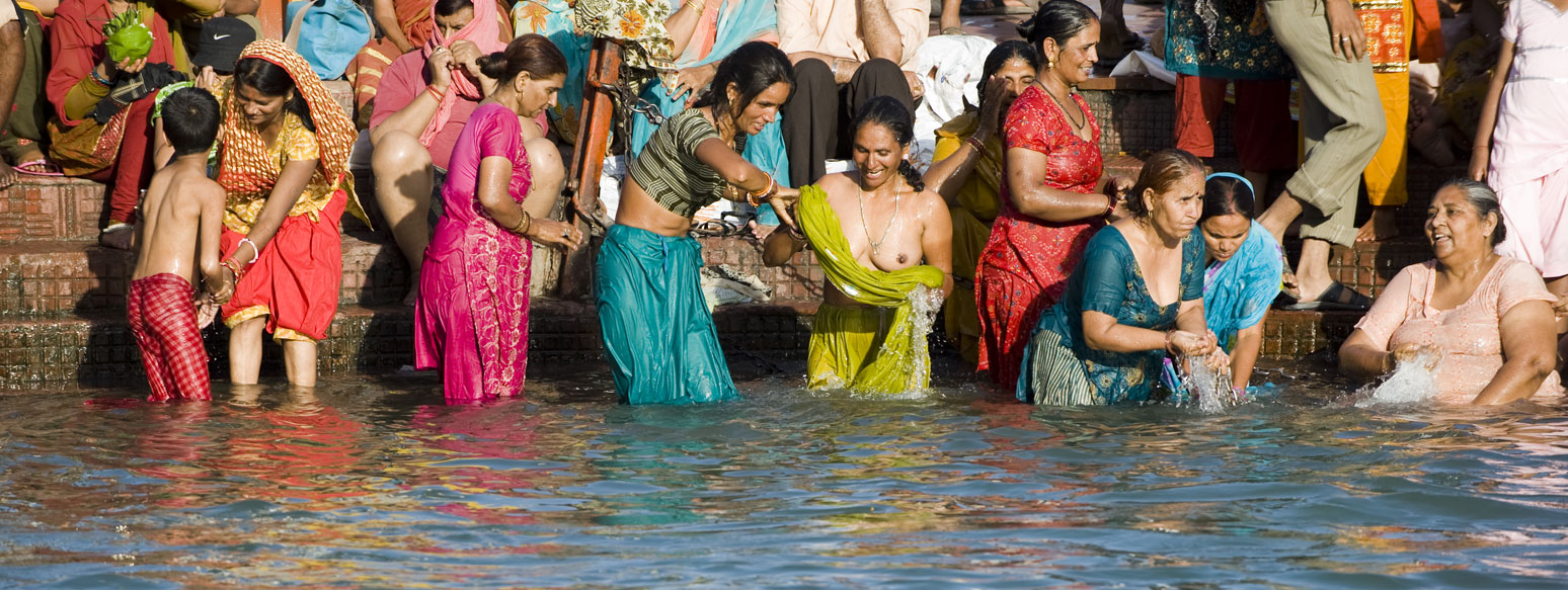 Ganga Nude 31