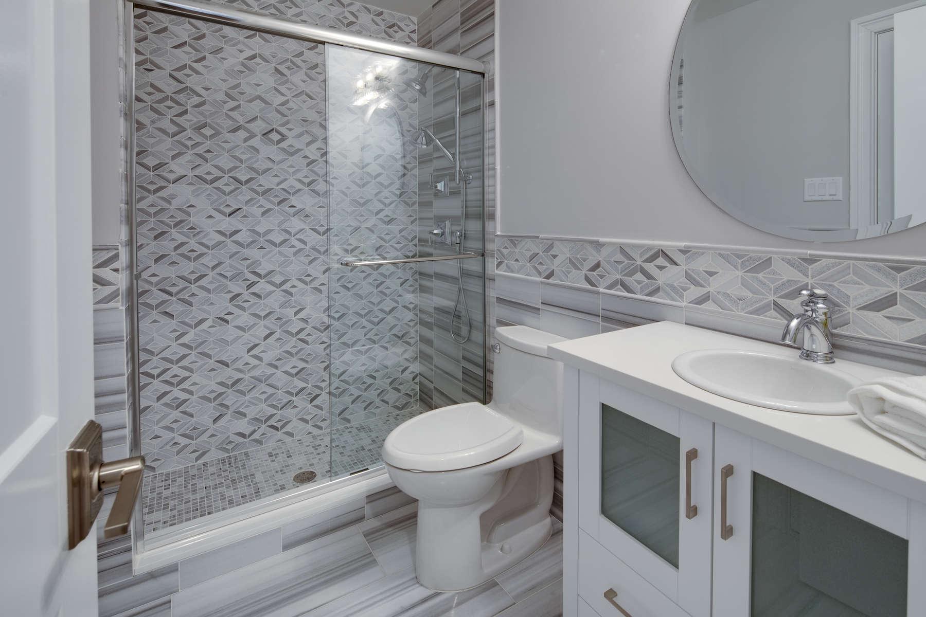 036_Bathroom-