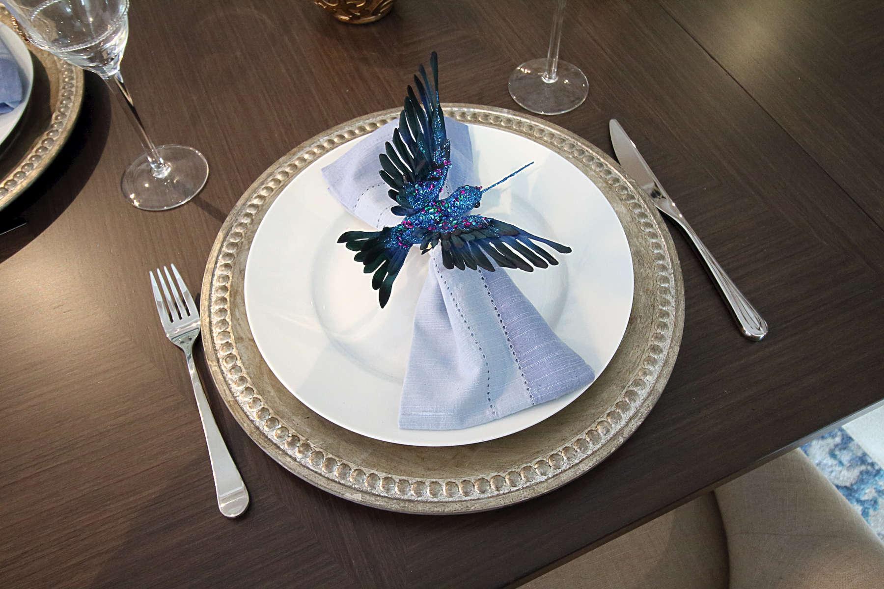 40Appletree-Dining-Room-3