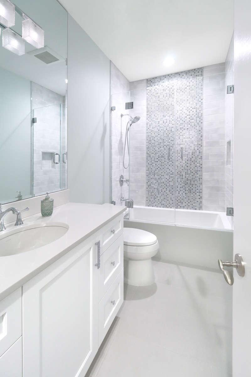 Guest-Bath_1-sm