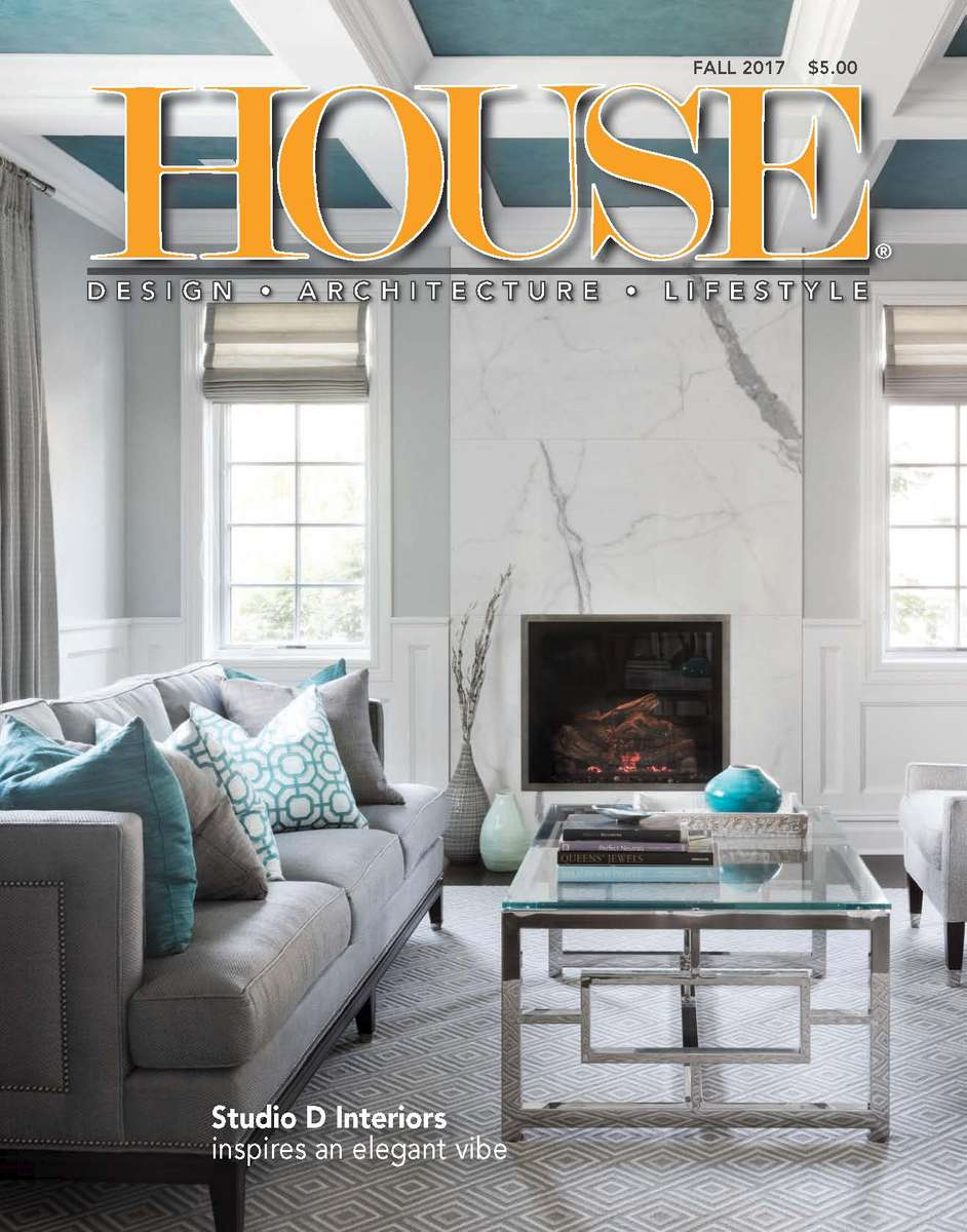 Cool Neutrals, Warm TonesFall 2017Deborah Martin Designs contrasts color and decorativestyle on the North Shore.  See the complete North Shore project