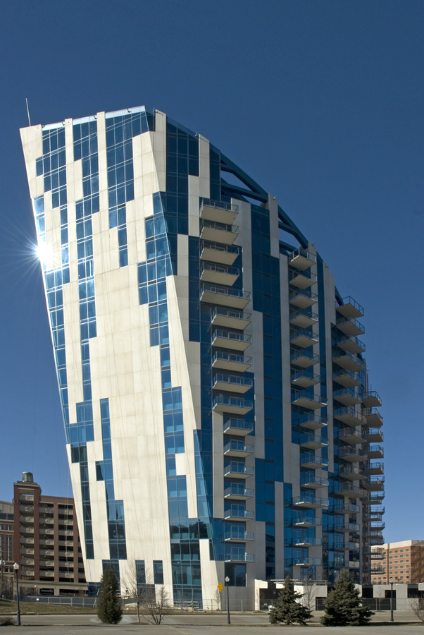 Architects: Daniel Libeskind and GBBNThe Ascent at Roeblings Bridge - Winner of CNBC - Americas Property Award - Best High Rise Development - 20082010 CRSI - Award Winner -Residential Building2009 - Grand Award - ACEC Ohio