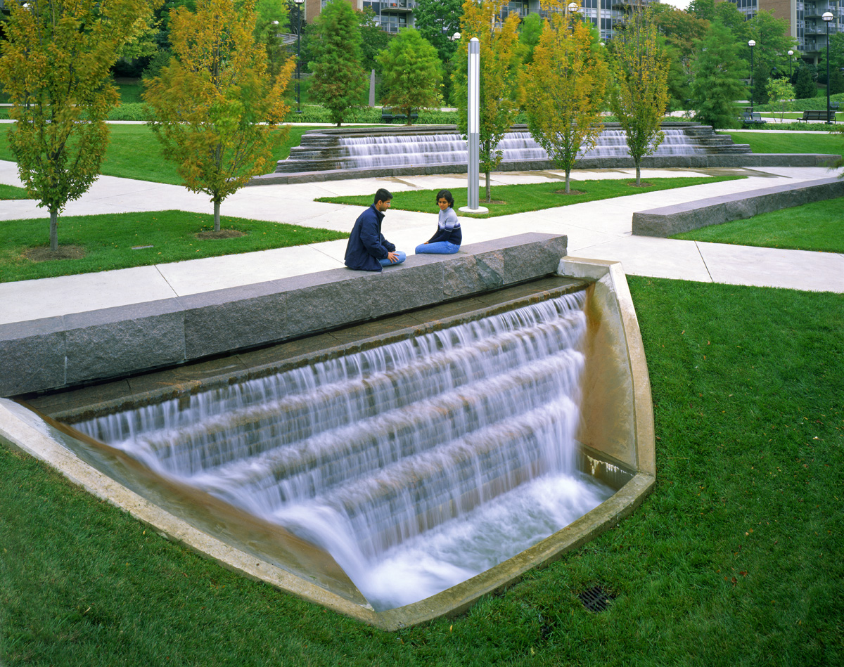 Campus green university of cincinnati hargreav for Landscape architecture
