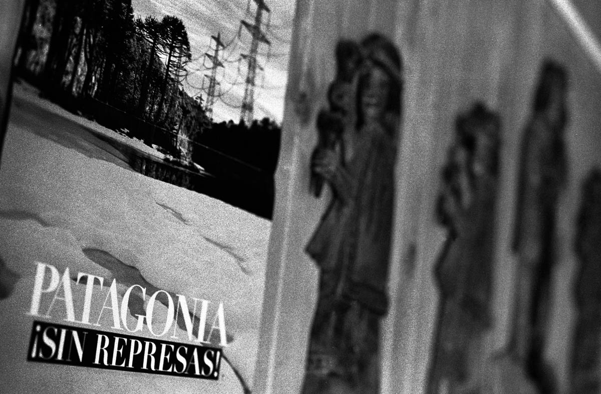 {quote}Patagonia sin represas! - Patagonia without dams!{quote}