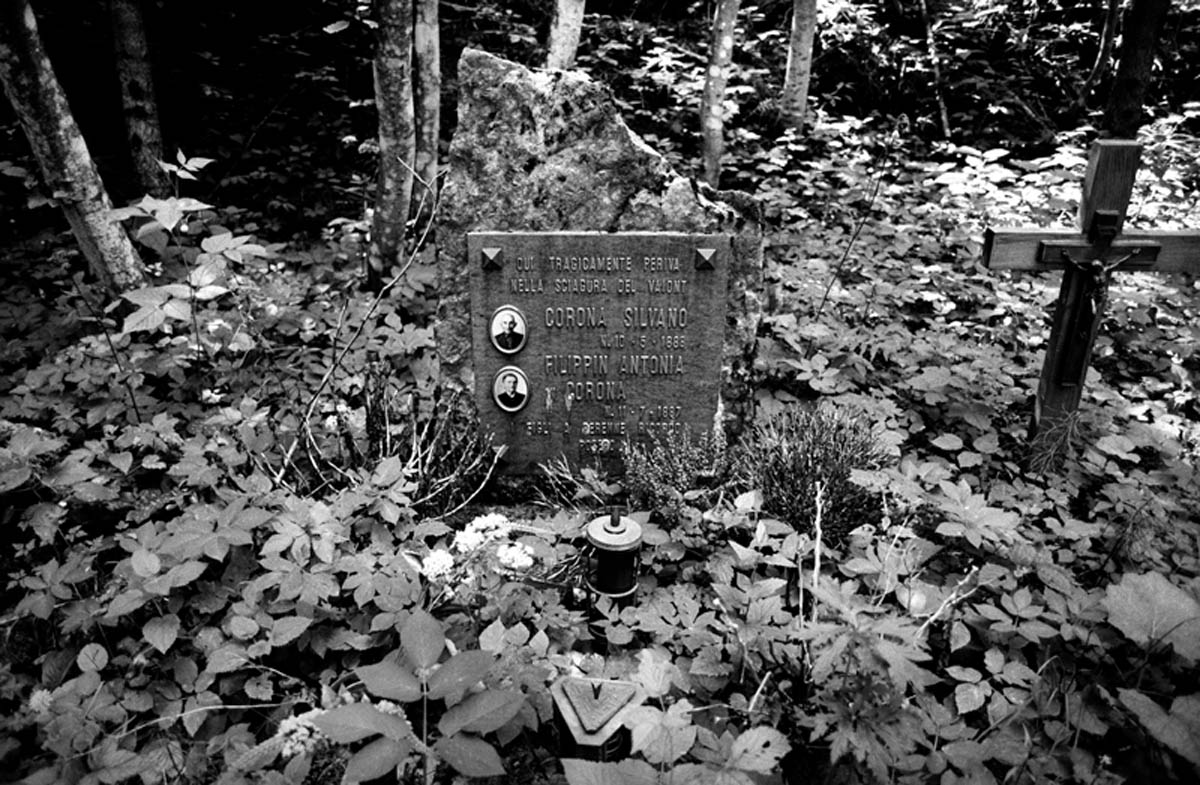 One of the many gravestones found in the woods in remembrance of disappeared families. Most of the corpses were never recovered and therefore losing the right to a burial in the cemetery.