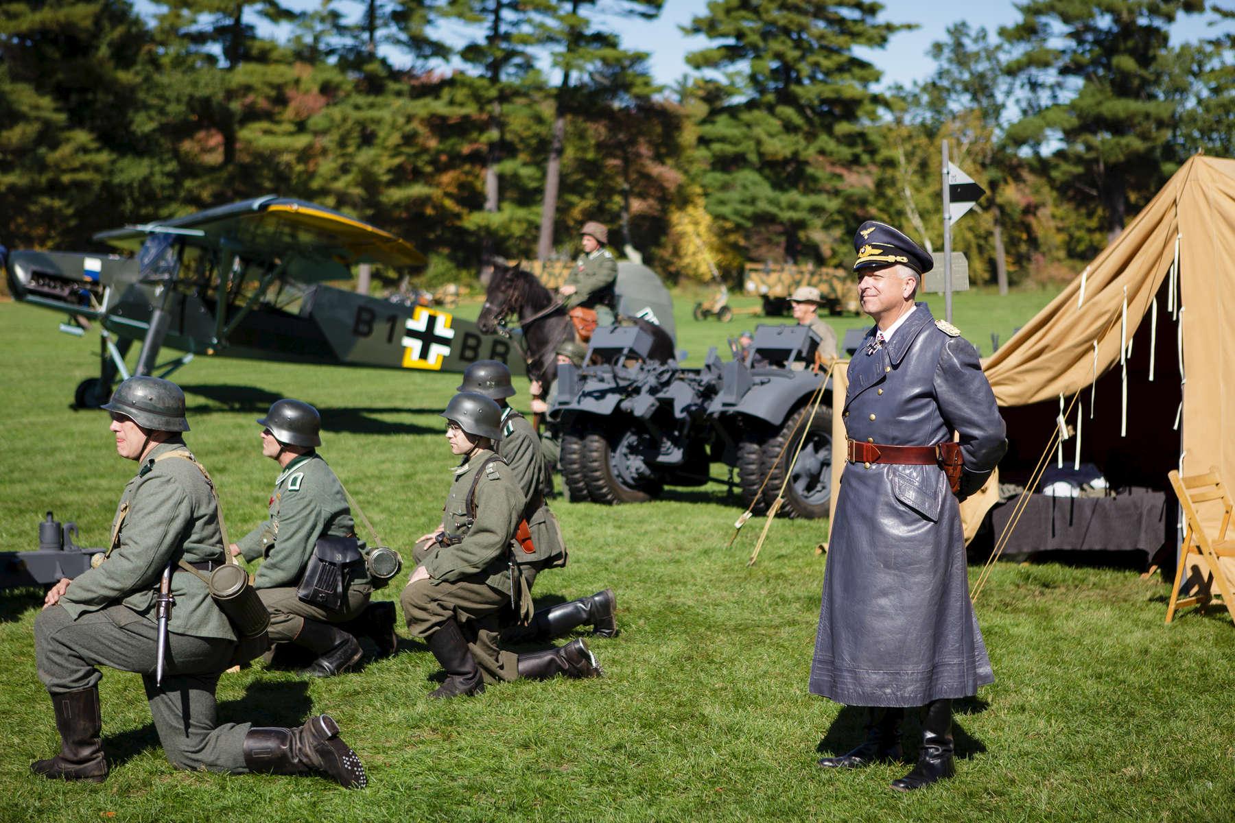 Reenactors---McGill025