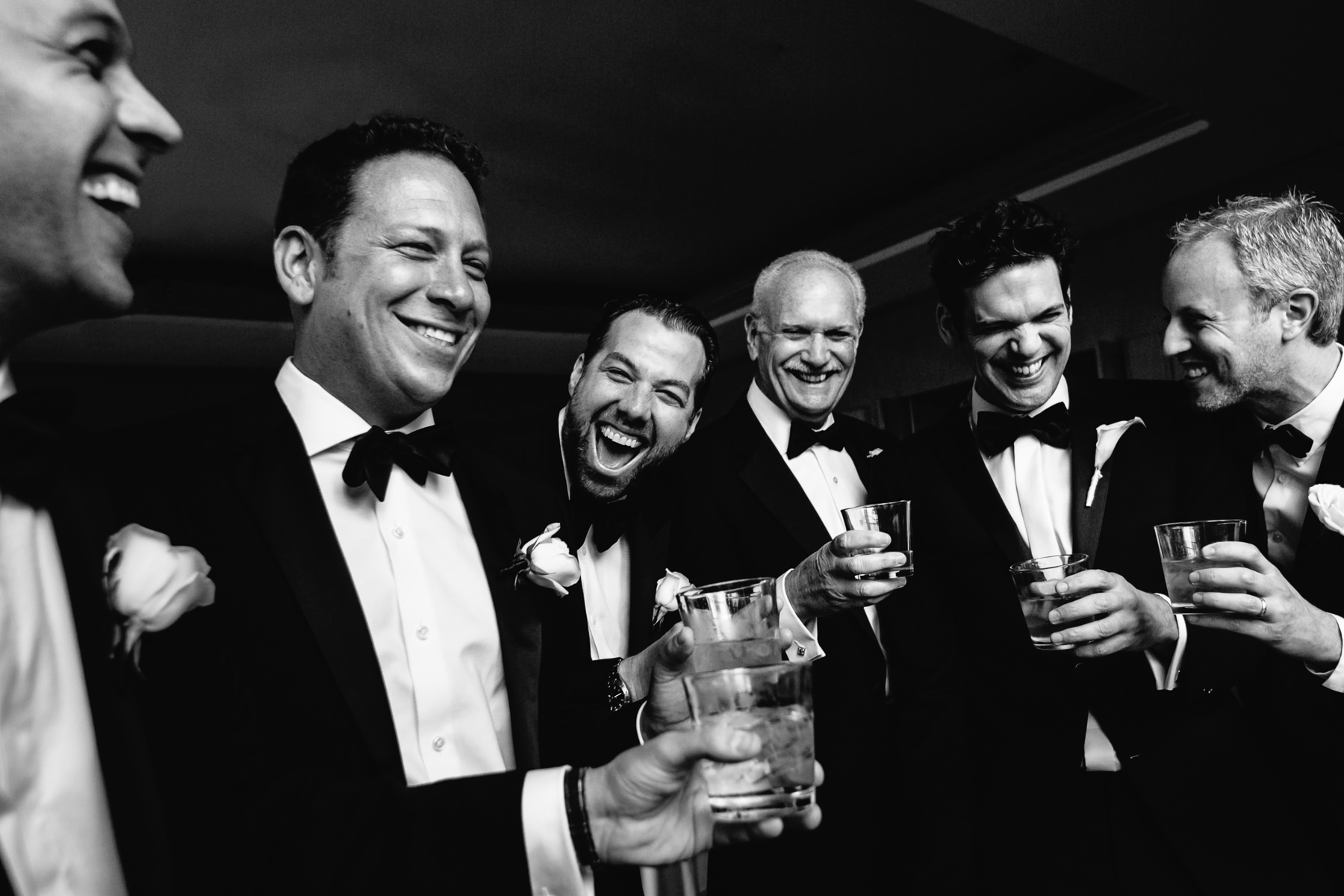groomsmen-laughing-and-drinking