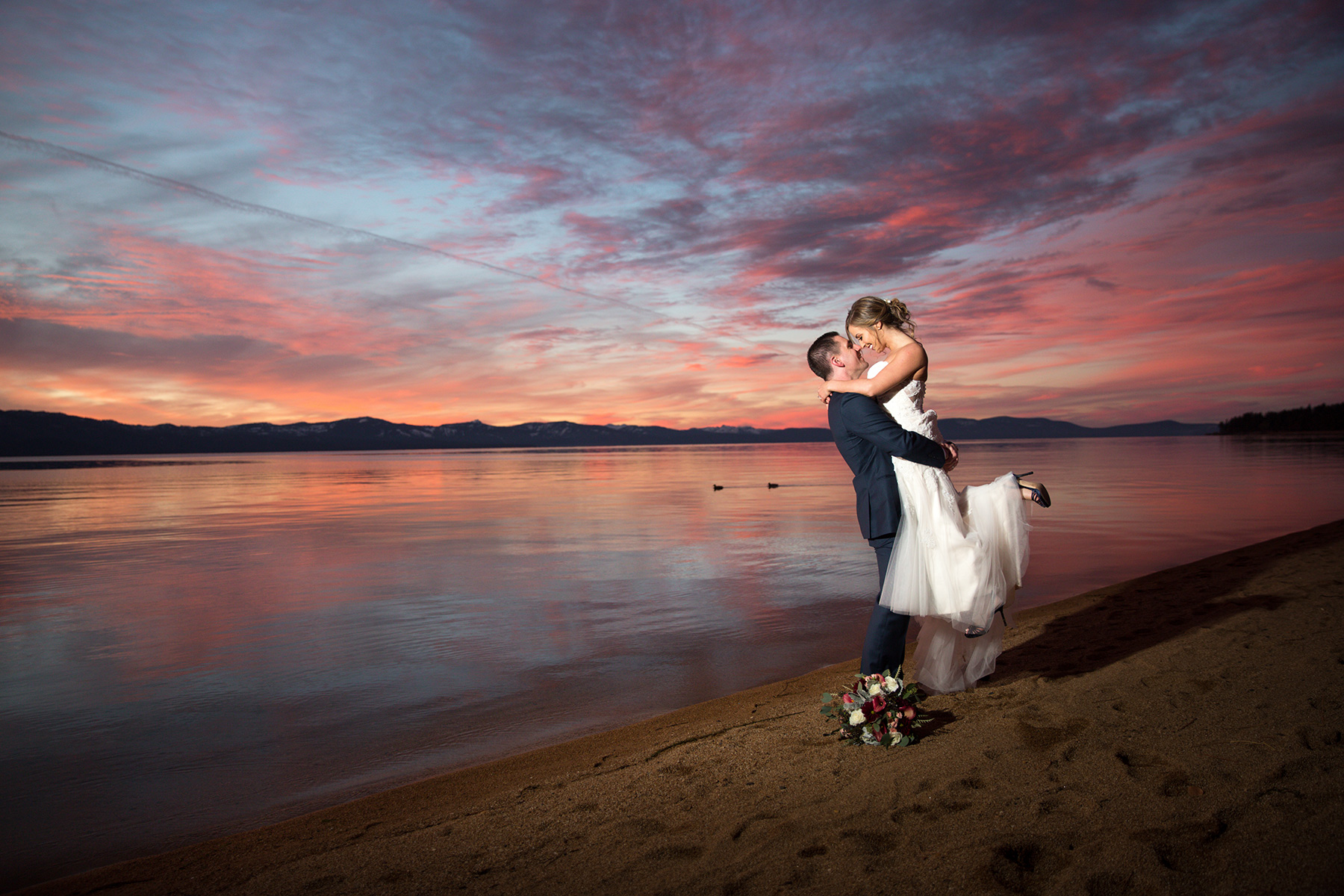 Edgewood-wedding-sunset-by-the-lake