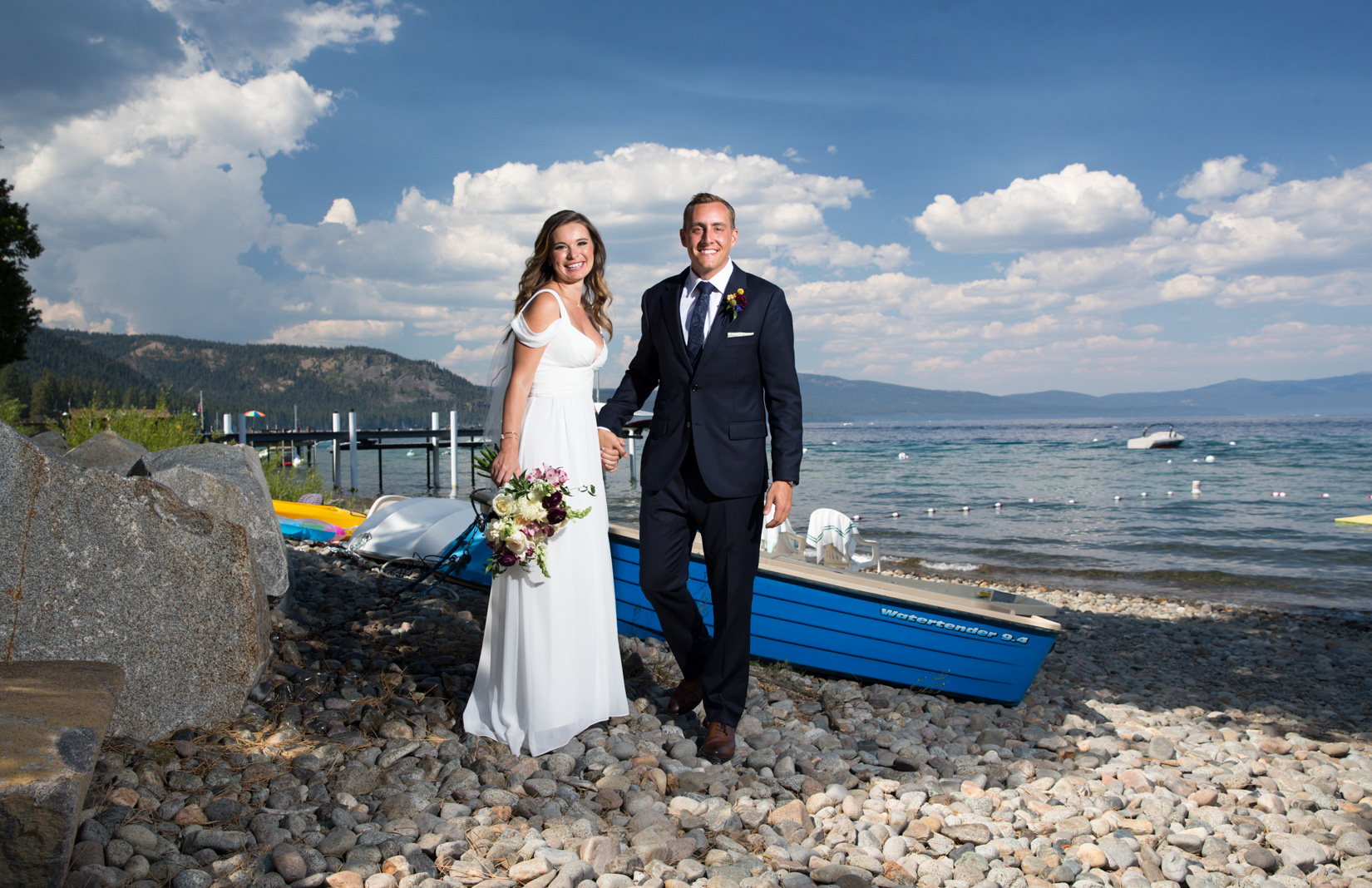 Tahoe-blue-sky-wedding-day