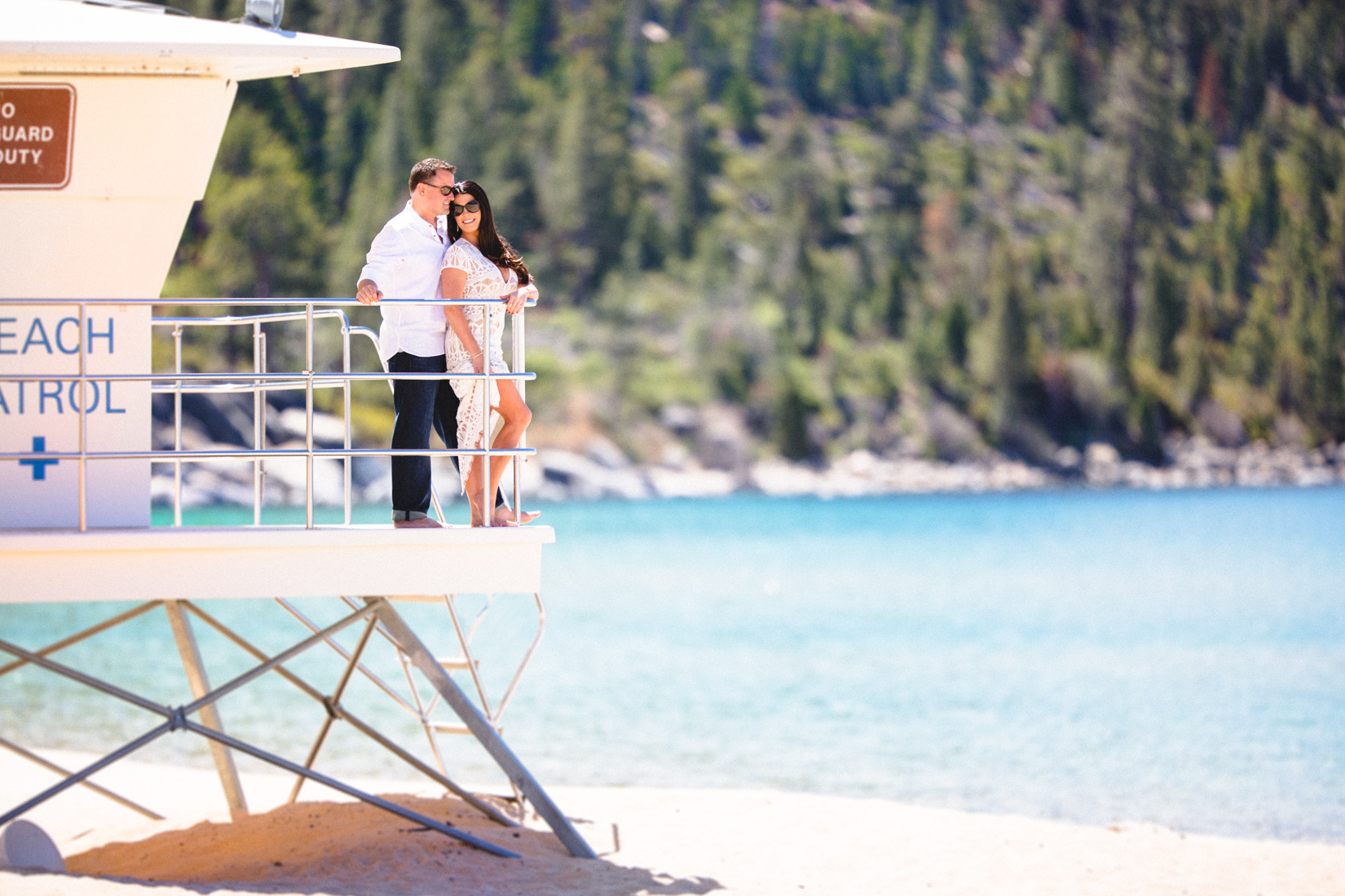Tahoe-sunny-beach