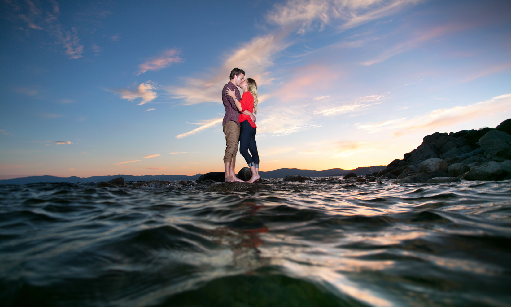 Tahoe-sunset-engagement-photos