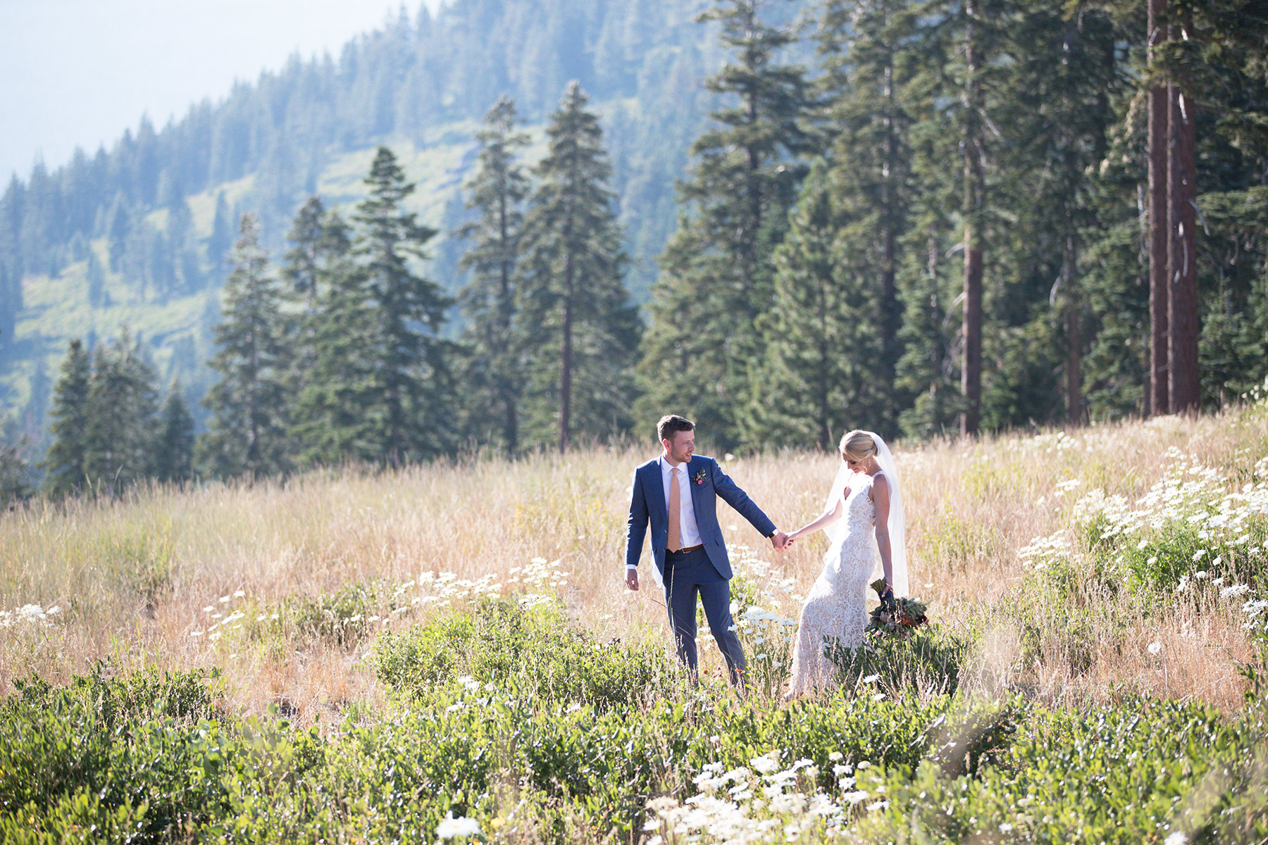 Zephyr-Lodge-Tahoe-wedding-mountain-views-