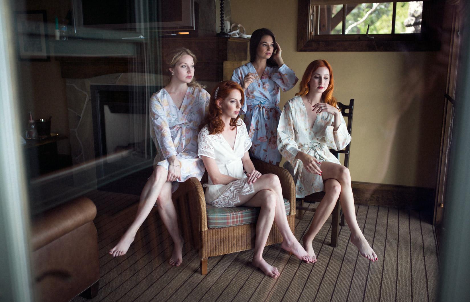 bride-and-bridesmaids-3