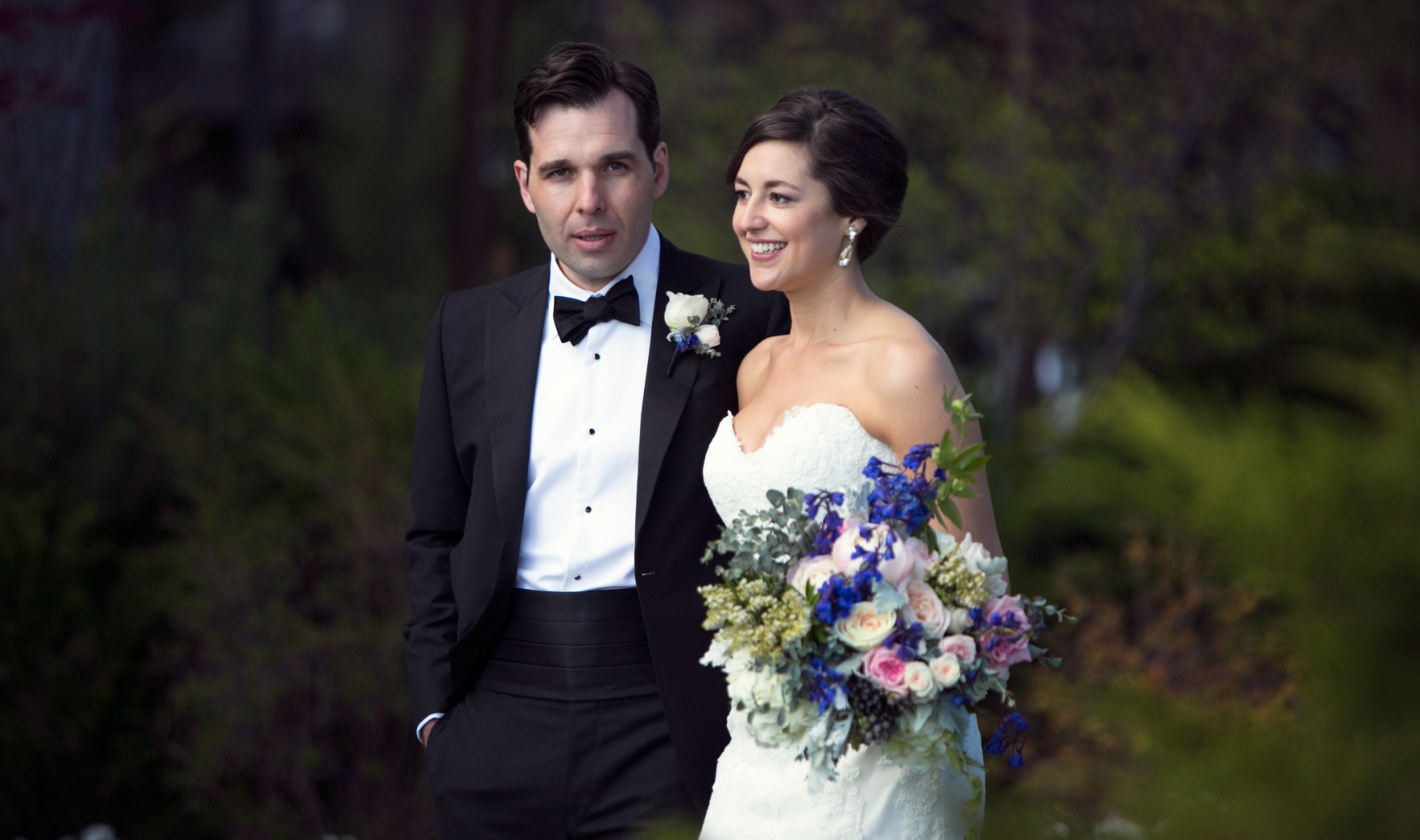 bride-and-groom-love