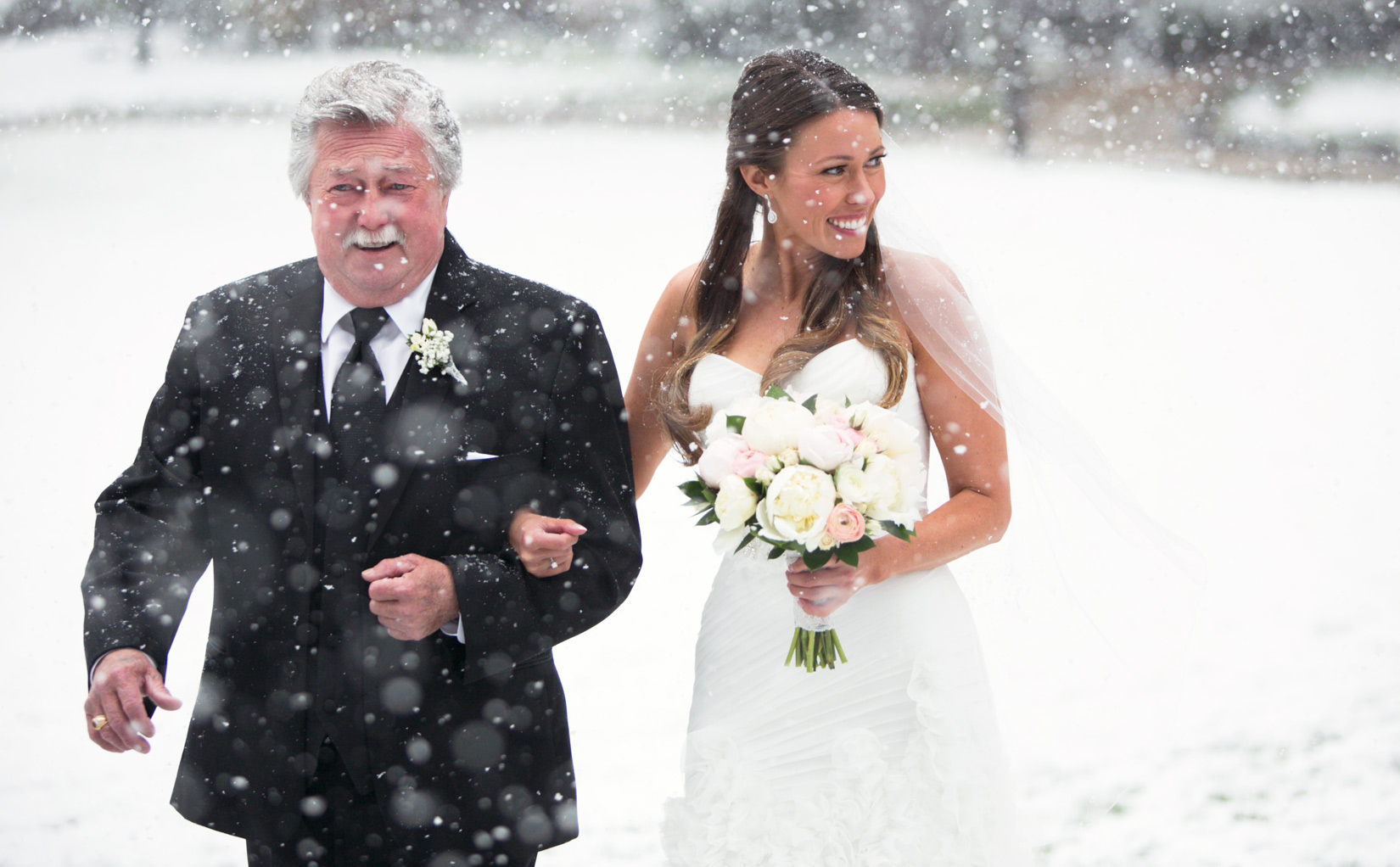 bride-in-snow-tahoe