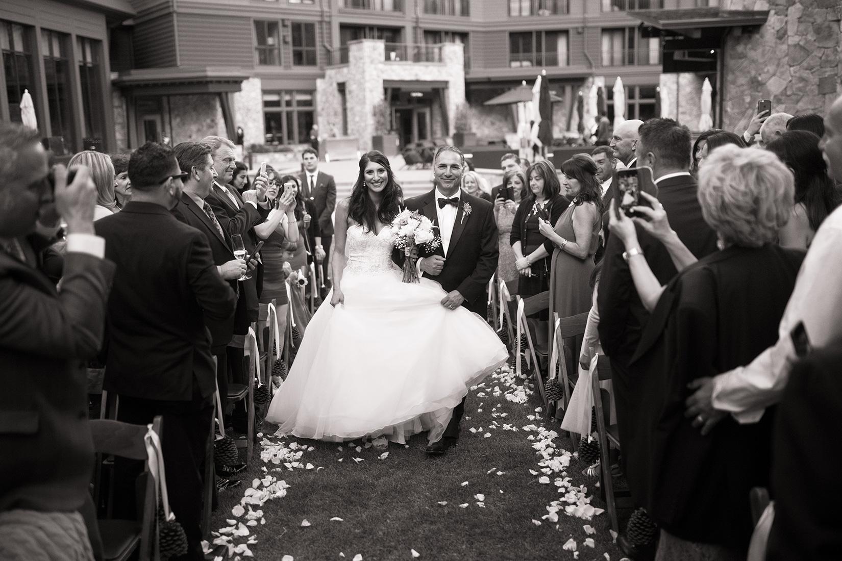 ceremony-wedding-Ritz-Tahoe