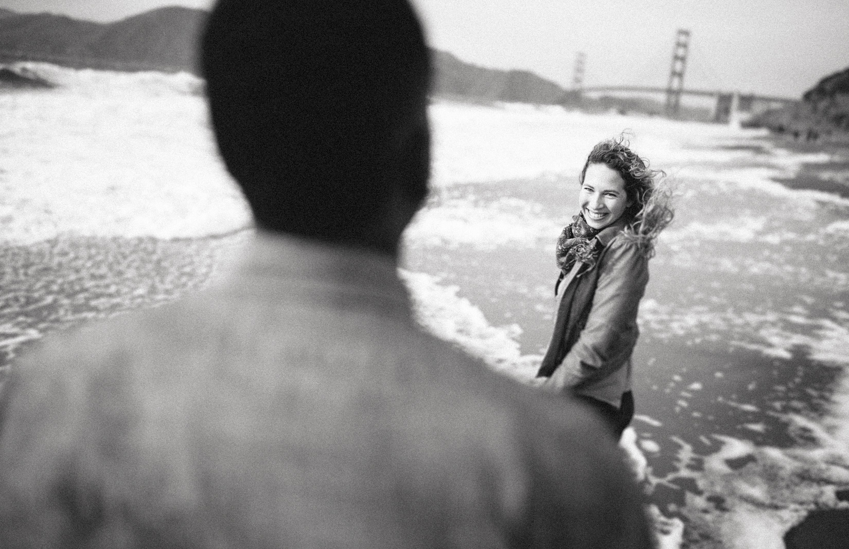 photography-engagement-beach-