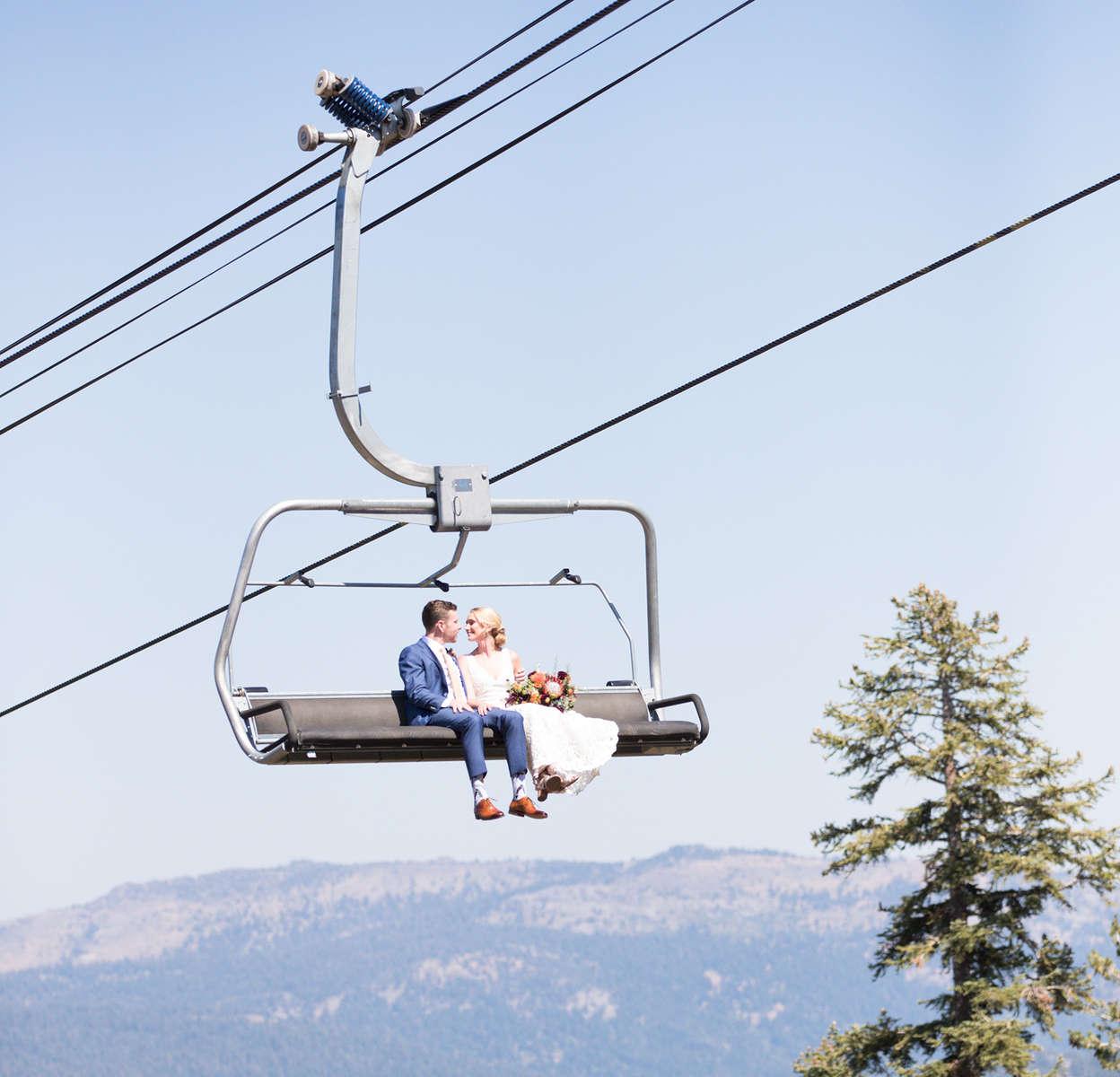 ski-lift-bride-and-groom-Northstar
