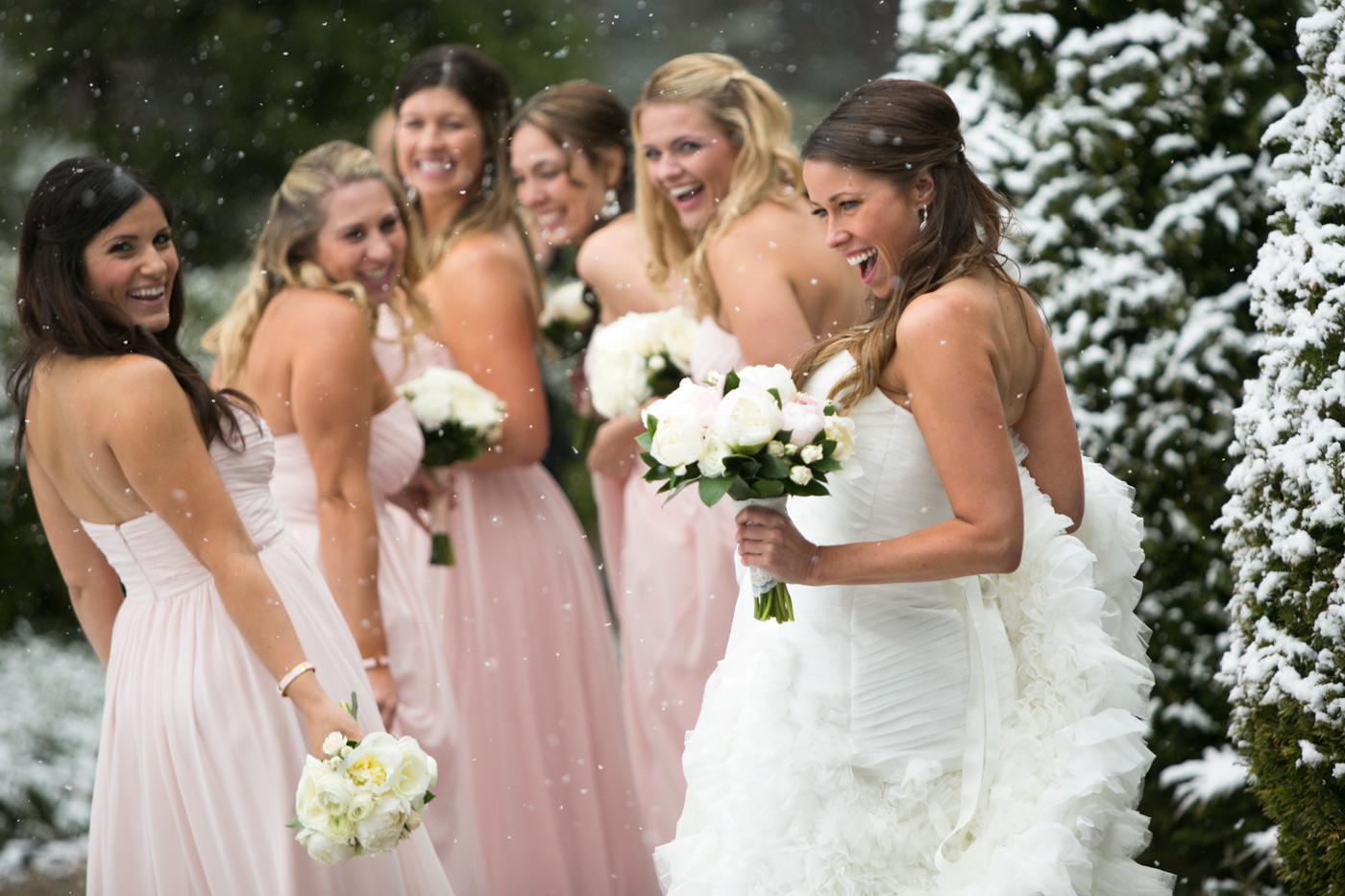 snowy-wedding-Lake-Tahoe